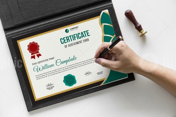 High Resolution Certificate Template